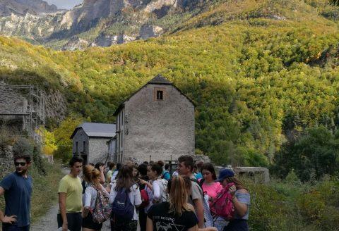 El IES Valle del Cidacos participa en un programa sobre pueblos abandonados